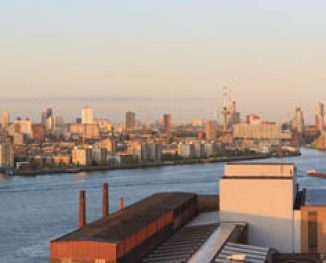 Rotterdam gezien vanaf de RDM (2009)