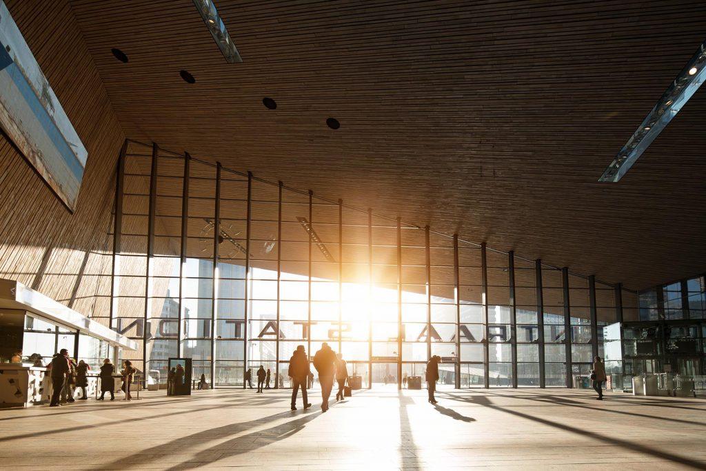 nieuwe stationshal in Rotterdam