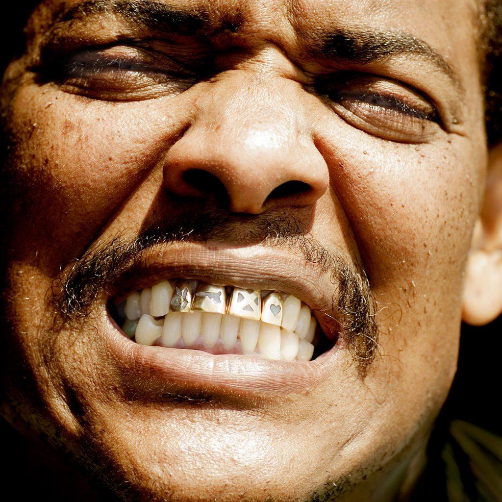 Gouden Tanden portet